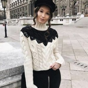 Zara Size M Colorblock Lace Cable Knit Sweater